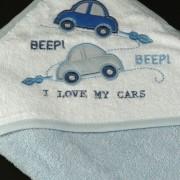 cape de bain bleue voiture